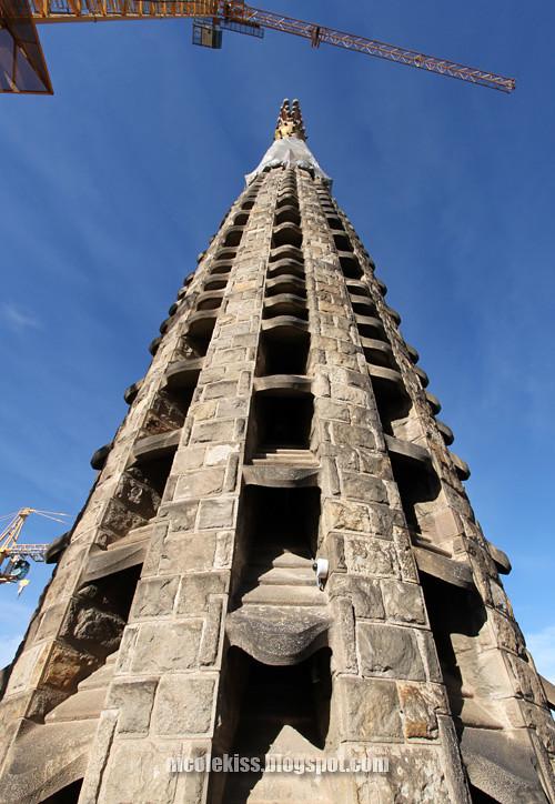 one tower of sagrada familia