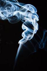Smoke (eduolier) Tags: macro canon eos zoom smoke cigar humo cigarro cigarrillo 1000d canoneos1000d eos1000d eduolier