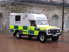 Armed Forces Day, Birmingham - Red Cross Ambulance - Land Rover (ell brown) Tags: greatbritain england rain birmingham unitedkingdom ambulance raining landrover britisharmy westmidlands redcross royalnavy birminghamtownhall chamberlainsquare royalairforce armedforcesday raindroplets britisharmedforces redcrossambulance birminghamspecialeventsambulance