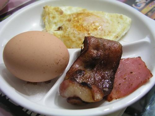 Kenming's 的美式愛心早餐