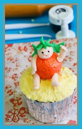 orange cupcake 2