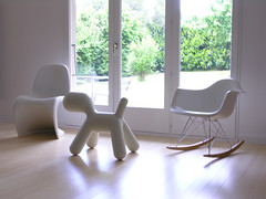 WHiTe FuRNiTuRE (KMR's suburban adventure) Tags: home architecture puppy design living interior explore thecure renovation eames vitra rar panton magis eeroaarnio