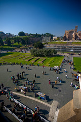 Palpatine Hill???? (tom  c) Tags: italy rome roma italia roman hill courtyard gladiator palatine palatinehill emporer colesseum cout