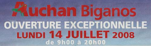 Ouverture d'un Auchan le 14 juillet