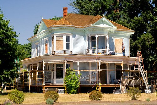 The Brown House Under Construction in Stayton Oregon