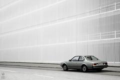 _DSC0083 (romanraetzke) Tags: auto colour car digital nikon europa europe hamburg hell bmw asphalt messe farbe coupé parkhaus bimmer d300 6er youngtimer sportwagen weis 628csi