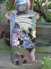 Mosaikskulptur 004 (Mosaikstall) Tags: sculpture glass marble slate