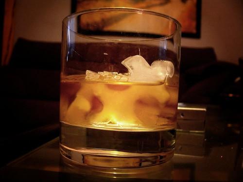 Whisky para encajar piezas - I by Arkangel