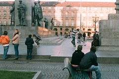 Skaters in Piazza Castello (Marcos.Zion) Tags: italy torino italia skaters skate turin piazzacastello