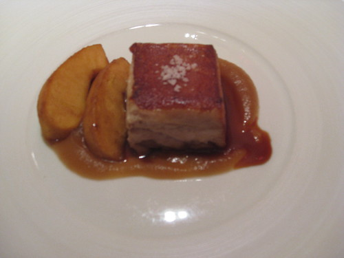Cinc Sentits - Barcelona: Iberian Suckling Pig with Two Textures of Apple