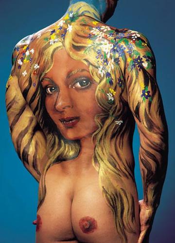 dibujos de los tatuajes. TATUAJE Cuerpo de mujer en espalda