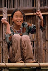 India - Arunachal Pradesh (RURO photography) Tags: travel portrait india girl beauty smile face canon fun photography photo asia flickr faces photos retrato cara inspired nios nia fave elite lonelyplanet criana ethnic portret indi indien indi teenage inde nationalgeographic pradesh arunachal portaiture indland teenagegirl indija  gesichter arunachalpradesh supershot ethnique tribue ethnie kartpostal abigfave enstantane platinumphoto anawesomeshot flickrdiamond diamondclassphotograph voyageursdumonde theunforgettablepictures journalistchronicles globalbackpackers discoveryphoto flickrlovers discoveryexpeditions rudiroels thegalleryoffineportrait culturasperdidas