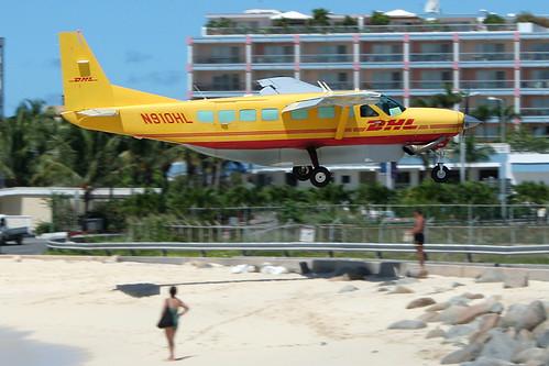 N910HL - DHL (Africair) Cessna 208B