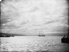 Wellington Harbour, semi-moonlight, 188-? (National Library NZ on The Commons) Tags: ship sail moonlight 1880s wellingtonharbour newzealandwellington geo:city=wellington nationallibrarynz wellingtonharboursailshipmoonlightnewzealand commons:event=commonground2009