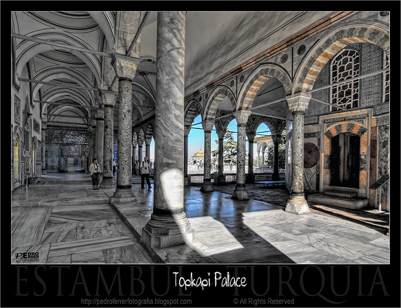 Palacio Topkapi - patio de columnas