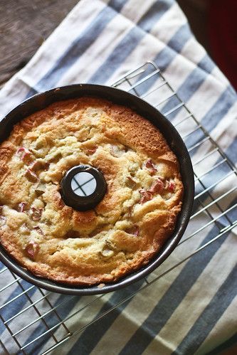 rhubarb lemon buttermilk cake