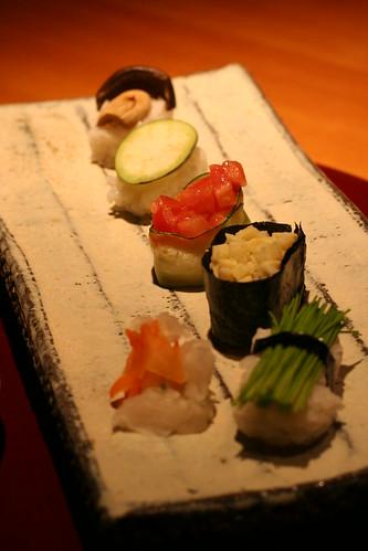 nagamine: sushi