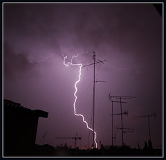 Ride the Lightning (digitalTool ) Tags: storm night flash lightening envy inspire soe shiningstar fiatlux blueribbonwinner fpg bej photographicexcellence golddragon 400d mywinners abigfave p1f1 platinumphoto aplusphoto isawyoufirst infinestyle favemegroup5 diamondclassphotographer flickrdiamond raregems supereco citrit amazingamateur excellentphotographer theunforgettablepictures platinumheartaward excapture theperfectphotographer goldstaraward flickrestrellas digitaltool rubyphotographer damniwishidtakenthat magicdonkeysbest expressofpro atqueartificia ridethelightening carlomarrasphotography lesamisdupetitprince dpblogsjulystorms dragondaggerphoto cloudslightningstorms