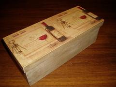 caixa de vinho (Atelier Denise Fernandes) Tags: paint artesanato decorao pintura mdf decoupage guardanapo pinturaemmdf