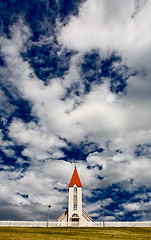 Svalbarðskirkja og Skýin (Völundur Jónsson) Tags: blue roof red sky white house church clouds fence iceland god north fields ísland eyjafjörður kirkja icelandic rautt hús ský himinn svalbarðseyri svalbarðsströnd blár norðurland bárujárn svalbarð svalbarðs guðs svalbarðshreppur svalbarðsstrandarhreppur