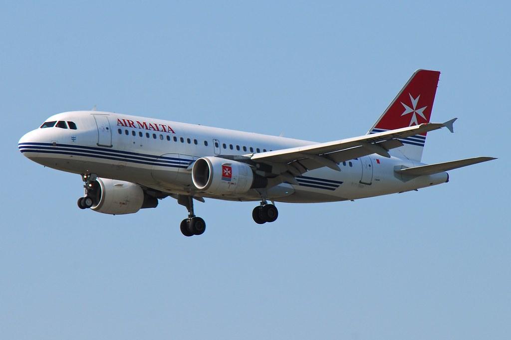 Air Malta Airbus A319-111 9H-AEJ San Pawl Il-Bahar (18377)