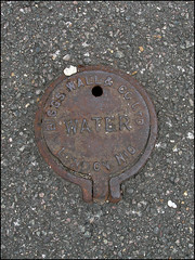 Biggs Wall & Co Ltd 2 (Dylan Curtis) Tags: london water iron cover service hatch utilities barnet lid n10 fittings stopcock osv tvw threevalleys outerlondon stoptap threevalleyswater biggswallcoltd