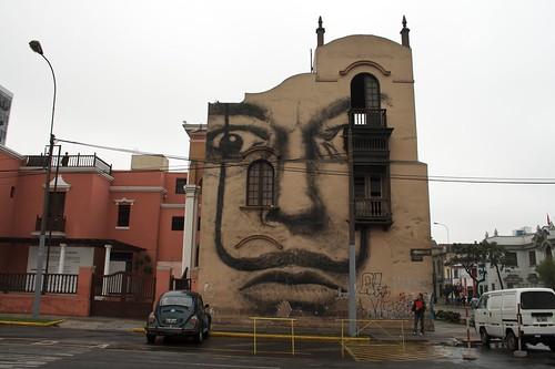 Dalí en Lima