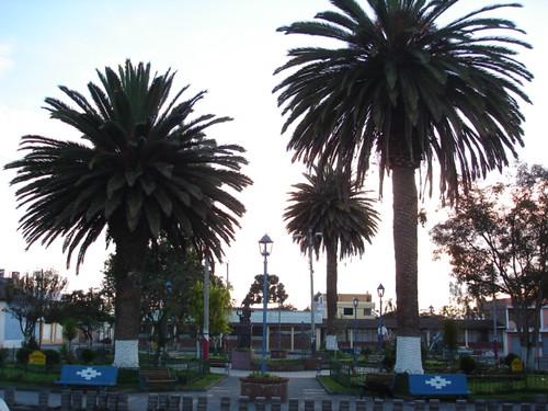 cotacachi-plaza
