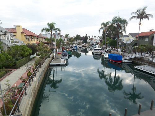 Naples Island Canal Living