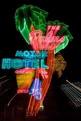 Palms Motor Hotel