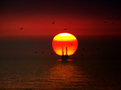 Sunrise at the Oil Platform (steve_steady64) Tags: ocean red sea italy sun sunrise dawn mare alba platform sole rosso adriatic ravenna oceano petroleum adriatico romagna cervia petrolio piattaforma stevegatto superaplus aplusphoto
