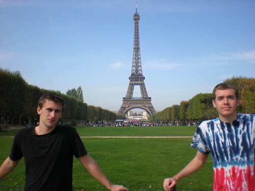 WDSTL at Tour Eiffel by We Don't Speak The Language.