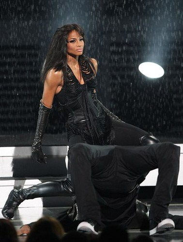 Ciara talks around 50 Cent, takes the high road on her