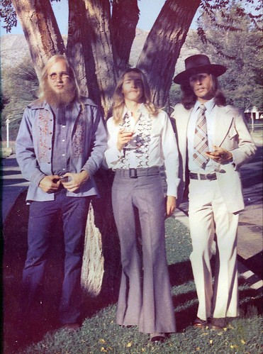 tres amigos en El Paso hippie wedding day 1975 by spysgrandsonthanks for