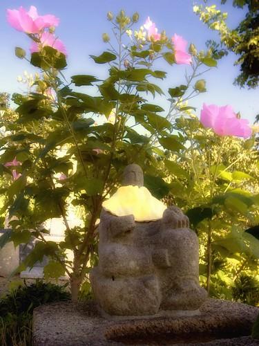 花とお地蔵さん