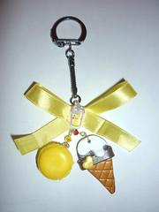 Macaron glace jaune