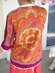 60s Vintage Paisley Hippie Shirt (JoulesVintage) Tags: gold 60s buttons indian fuchsia 1960s sixties seventeen hotpink joulesvintage vintagepaisleyhippieshirt whitebraidtrim