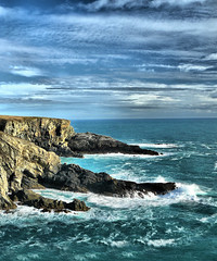 Mizen Head (Pockets1) Tags: blue ireland white jason water lumix town rocks waves head cork atlantic panasonic breakers hdr mizen westerly mizenhead  tonemapped fz8 pockets1 jasontown