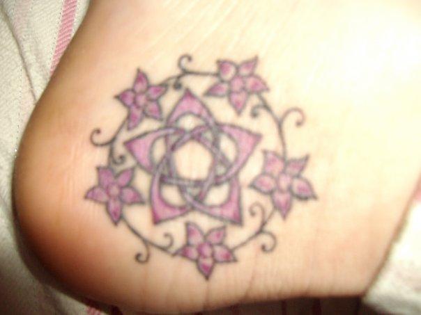 Purple. Tattoo. elle_18_08
