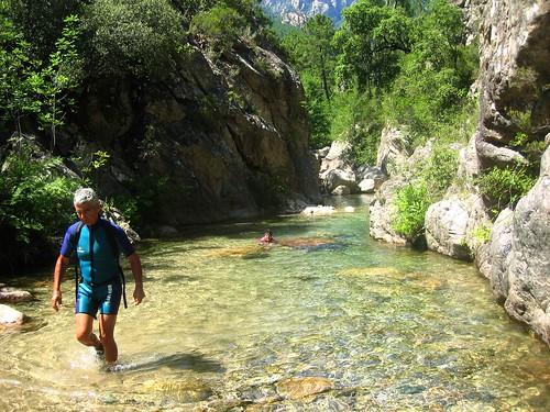 Marche en eau dans le Fiumiceddi inférieur