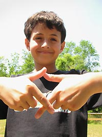 XO gang sign