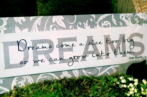Dreams - a sign in Stayton Oregon