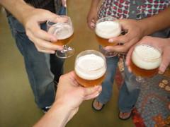 Cheers!Salut!Probst!Kanpi!