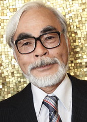 Hayao MIYAZAKI  (detengase) Tags: portrait cinema celebrity art film japan canon movie eos design kino manga drawings miyazaki animation paparazzi celebrities director venezia 1500 mostradelcinema animator studioghibli hayaomiyazaki  moviestars venicefilmfestival