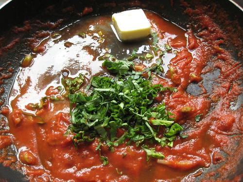 Basil Tomato Sauce w/Butter