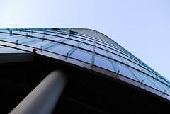 Ohne Ende (Makroworld) Tags: berlin deutschland fenster potsdamerplatz architektur gebäude glas gebude makroworld