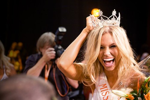 Sara Hoots, Miss Hooters International 2008