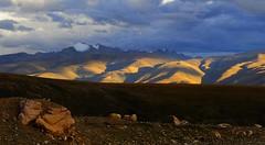 Lhachen (Nagen) la to Damshung (reurinkjan) Tags: nature tibet 2008 changtang damshung tibetanlandscape lhachennagenla janreurink damshungcounty damgzung