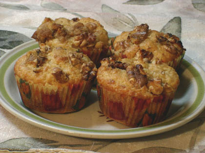 pear walnut muffins