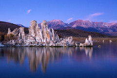 Mono Blue (flopper) Tags: reflection sunrise bravo searchthebest monolake tufa flopper interestingness470